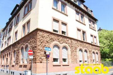 TOLLE 4-ZIMMER- ALTBAUWOHNUNG IN ZENTRUMSNAHER LAGE VON ASCHAFFENBURG!, 63739 Aschaffenburg, Wohnung